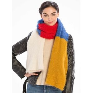 New Boutique Colorblock Fuzzy Scarf